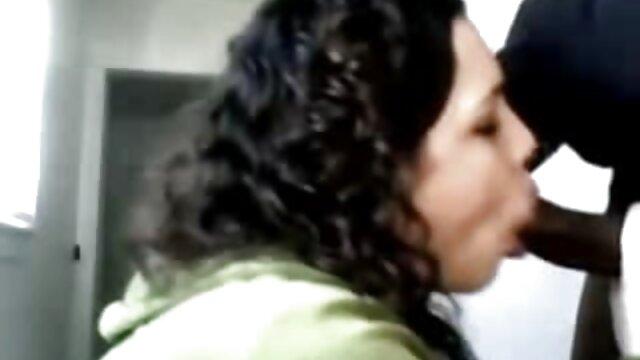 نوجوان فیلم سکسی تنگ ناز بازی در وب کم ، وب کم رایگان برای نوجوان