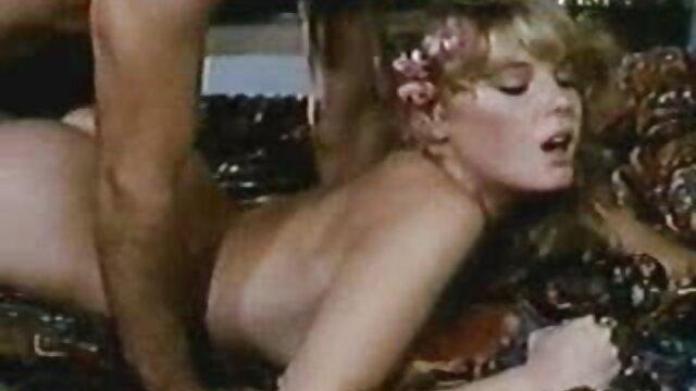 نوجوان لاغر و خروس چاق در دانلود فیلم سکسی با لینک مستقیم الاغش
