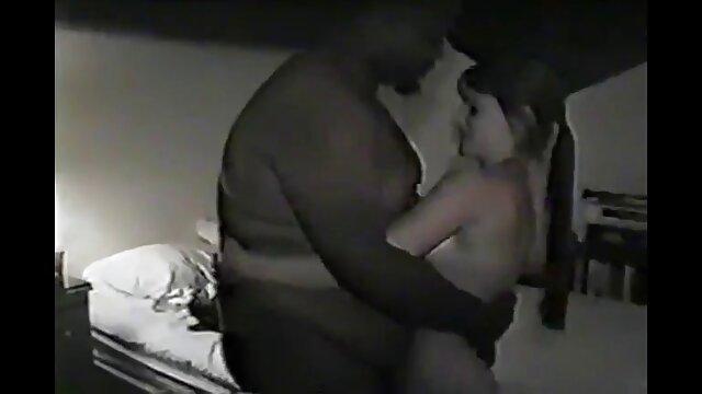 وقتی فیلمهای سکسی جدیدایرانی او مشاعره تندرست ، این عشق زیبا است